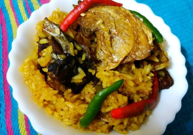 Muri Ghanto or fish Pulao or Fish head cooked with Rice