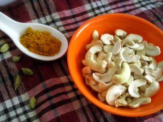Cashews and Turmeric (Haldi)